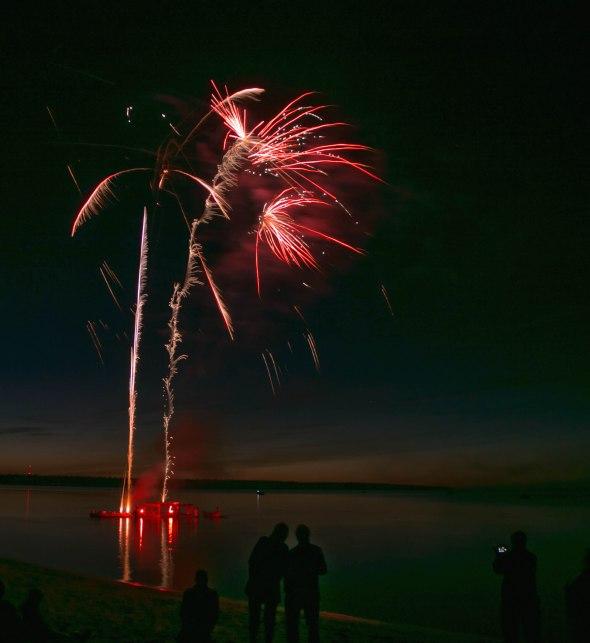 canada day fireworks albert beach sm 7 16-108
