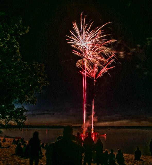 canada day fireworks albert beach sm 7 16-112