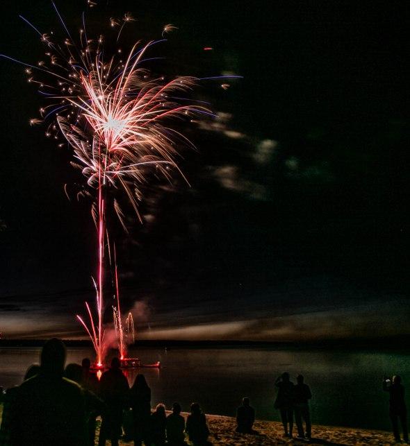 canada day fireworks albert beach sm 7 16-113