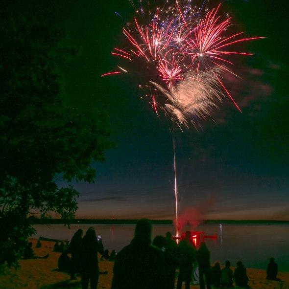 canada day fireworks albert beach sm 7 16-114
