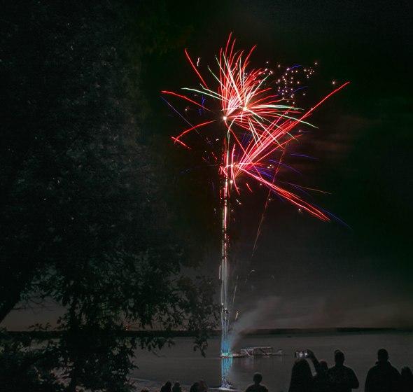 canada day fireworks albert beach sm 7 16-129