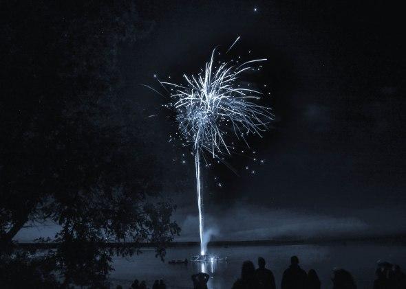 canada day fireworks albert beach sm 7 16-130
