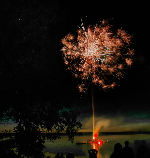 canada day fireworks albert beach sm 7 16-131