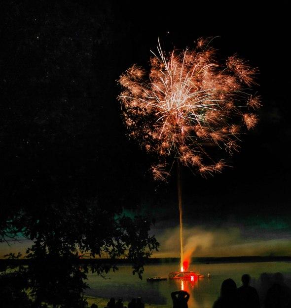 canada day fireworks albert beach sm 7 16-131